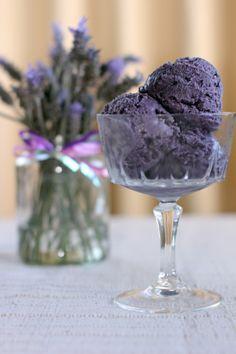 Ube Ice Cream (Pretty....wonder if I can make this vegan)