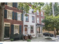 228 Montrose St, Philadelphia, PA 19147. 2 bed, 1 bath, $285,000. Lovely expanded trin...