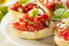 Homemade Tomato and Basil Bruschetta By photos , French Crepes, Breakfast Skillet, Parmesan Pasta, Spinach And Feta, Italian Pasta, Fish Tacos, Ciabatta, Basil, Zucchini