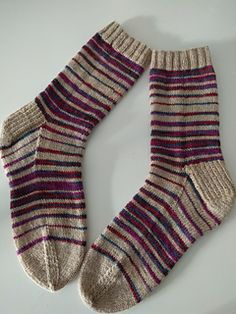 This pattern has taken me way too long to actually go live, but I pleased to say it's now live and ready to be knitted.