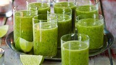 Raikkaan hedelmäinen vihersmoothie on raikas aamu- tai välipala. Resepti vain noin 1,60 €/annos*.