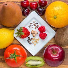 How To Urban Garden Goodful - How To Regrow Fruit From Seeds Tomato Garden, Vegetable Garden, Garden Plants, Plants You Can Regrow, Organic Gardening, Gardening Tips, Urban Gardening, Indoor Gardening, Cheap Landscaping Ideas