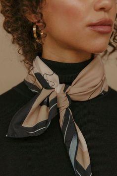 Amie Womankind Scarf art made by women femalenotfactory,com Urban Fashion Women, 80s Fashion, Fashion Beauty, Fashion Outfits, Womens Fashion, Fashion Trends, Petite Fashion, Curvy Fashion, Fashion Bloggers