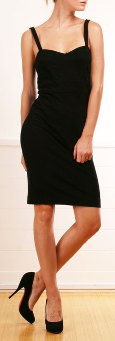 DIANE VON FURSTENBERG (DVF) DRESS. I really need a new little black dress!!