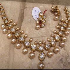 Jewellery Designs: Heavy Look Polki Necklace 60 Grams Indian Wedding Jewelry, Bridal Jewelry, Trendy Jewelry, Fashion Jewelry, Gold Jewellery Design, Gold Jewelry, Designer Jewellery, Ruby Jewelry, Jewellery Shops
