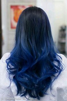 5 Midnight Blue Hair Color Ideas For A Unique Look .- 5 Midnight Blue Hair Color Ideas For A Unique Look // # For Color - Midnight Blue Hair, Dark Blue Hair, Hair Color Blue, Cool Hair Color, Deep Blue, Black To Purple Ombre, Hair Colours, Colors, Green Hair