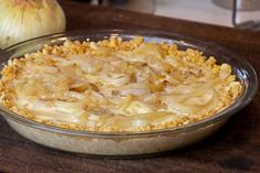 This baked sweet onion pie is a classic southern recipe. Made with Vidalia onions, crackers (Ritz or saltines), eggs, cheese, milk and butter. Delicious savoury pie! Vidalia Onion Pie Recipe, Vidalia Onions, Baked Onions, Pie Recipes, Butter Pie, Crackers, Deep Dish, Dinner Dishes, Southern Recipes