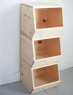 DIY Wooden Toy Bins @themerrythought Measurements: Top Piece – 14″ x 11″ Bottom Piece – 14″ x 10 1/4″ Side Pieces – 13″ x 11″ Front Piece – 14″ x 5″ Back Piece – 12.5″ x 11″