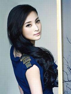 Estyria Jiang Qinqin / 蔣勤勤 photo