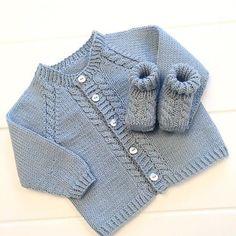 183 Me Gusta, 15 Comentarios - Sonja Eid Strikking - Diy Crafts Baby Boy Knitting Patterns, Baby Sweater Patterns, Baby Cardigan Knitting Pattern, Knitted Baby Cardigan, Toddler Sweater, Knit Baby Sweaters, Knitting For Kids, Baby Patterns, Knitted Hat