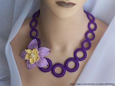 Unique crochet necklace with floral star Love Crochet, Crochet Flowers, Knit Crochet, Unique Crochet, Jewelry Crafts, Jewelry Art, Handmade Jewelry, Jewellery, Crochet Bracelet