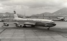 UAA 707   United Arab Airlines B707 at HKG Kai Tak airport. …   Flickr Boeing 707, Boeing Aircraft, Illinois, Kai Tak Airport, Commercial Aircraft, Air Travel, Airplanes, Egypt, Drones