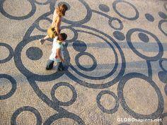 Aveiro Portugal - calçada portuguesa
