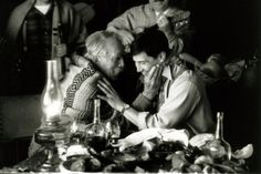 Anthony Quinn, Keanu Reeves A Walk in the Clouds (1995) - Love the grandpa!!! :D