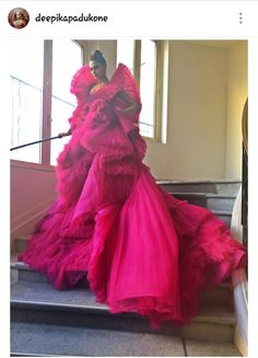 Deepika Padukone at Cannes 2018 Deepika Padukone Gown, Pink Fashion, Couture Fashion, Indian Fashion, Celebrity Pictures, Celebrity Style, Celebrity Portraits, Pastel Color Dress, Ashi Studio