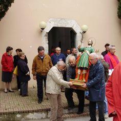 Il simulacro di S. Primiano lascia la Cappella (3 maggio 2009)