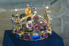 Copy of the Crown in the Vladislav Hall of Prague Castle Crown of Saint Wenceslas is the part of Bohemian Crown Jewels made in 1347. The eleventh king of Bohemia from the House of Luxembourg, and Holy Roman Emperor Charles IV had it made for his coronation and forthwith he dedicated it to the first patron saint of the country St. Wenceslas and bequeathed it as a state crown for the coronation of future Bohemian kings, his successors to the Bohemian throne.