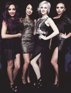 My girlies! x Leigh>> urggg I love ya'll