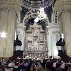 Así estaba hoy el altar mayor del Pilar, obra renacentista del escultor Damian Forment #pilar15 #pilares2015 #zaragoza #regalazaragoza #zaragozapaseando #zaragozaturismo #zaragozadestino #miziudad #zaragozeando #mantisgram #magicaragon #loves_zaragoza #loves_aragon #igerszaragoza #igerszgz #igersaragon #instazgz #instamaños #instazaragoza #zaragozamola #zaragozacity #quehacerenzgzh