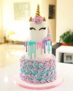 Mini cakes goat-zucchini and ricotta-spinach - Clean Eating Snacks Unicorne Cake, Diy Cake, Cupcake Cakes, Cake Smash, Easy Unicorn Cake, Unicorn Cake Pops, Unicorn Cake Design, Unicorn Themed Birthday, Cake Birthday