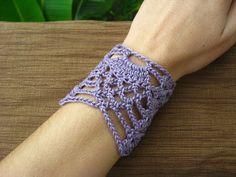 Crochet by Sia: Pineapple Wrist Cuff #1