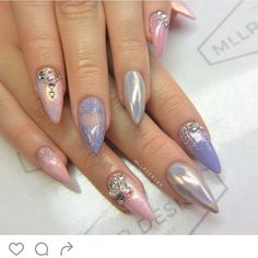 Lovely nails by /mllrdesign/  Shop for featured Holographic Unicorn Powder and Fairy Dust at DAILYCHARME.COM!✨✨