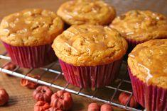 Cinnamon glazed pumpkin chocolate chip cupcakes | Community Post: 25 Deliciously Healthy Cupcake Recipes