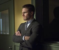 """Pictures & Photos from """"Arrow"""" Deathstroke (TV Episode 2014) Stephen Amell as Oliver Queen"""