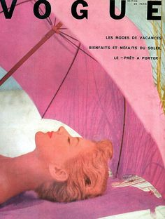 Vintage Vogue Cover ~ Paris ~ Pink and on the Beach. Bedroom Wall Collage, Photo Wall Collage, Picture Wall, Vogue Vintage, Vintage Vogue Covers, Vintage Paris, Vintage Pink, Vintage Vibes, Vintage Surf