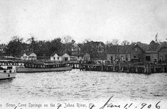 Boats at the pier : Green Cove Springs, Florida
