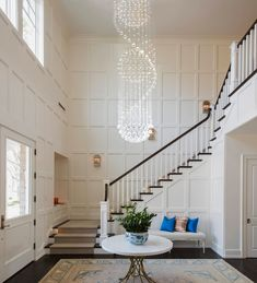 Beautiful Modern Spiral Three Sphere Raindrop Crystal Chandelier Lighting at the best price you can find online from Sofary Lighting! Crystal Chandelier Lighting, Lighting Makeover, Cool Lighting, Entryway Chandelier, Creative Lighting Fixtures, Modern, Modern Foyer, Chandelier, Modern Classic Interior