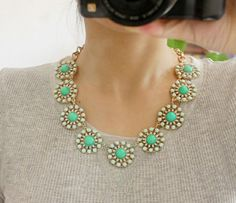 {bubble bib pendant necklace} *Lovely $14.99