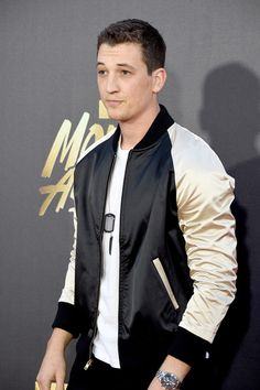 Miles Teller attends the 2016 MTV Movie Awards