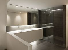 Ontwerp en realisatie van totaal inrichting van luxe appartement