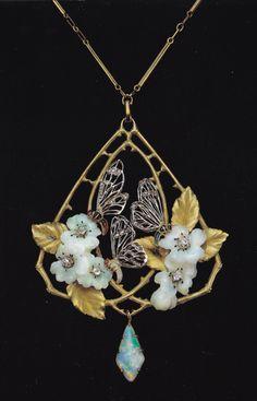 Art Nouveau Pendant by Paul-Emile Brandt Candy Jewelry, Opal Jewelry, Jewelry Crafts, Jewelry Art, Antique Jewelry, Vintage Jewelry, Jewelry Design, Bijoux Art Nouveau, Art Nouveau Jewelry