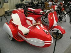 No one seems to understand how much I want a vespa...with a sidecar