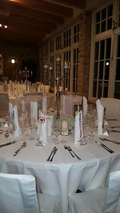 Hochzeit Table Settings, Table Decorations, Furniture, Home Decor, Wedding, Homemade Home Decor, Table Top Decorations, Place Settings, Home Furnishings