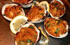 How to make Portuguese chouriço stuffed clams.