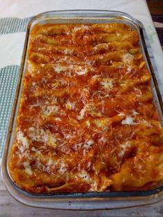 Kανελόνια με κιμά !!! ~ ΜΑΓΕΙΡΙΚΗ ΚΑΙ ΣΥΝΤΑΓΕΣ 2 Cookbook Recipes, Cooking Recipes, Rigatoni, Greek Recipes, Lasagna, Macaroni, Recipies, Spaghetti, Food And Drink