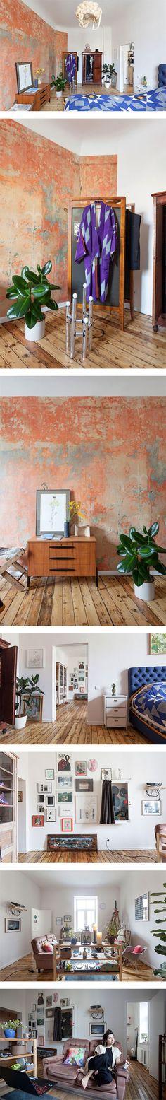 A look inside journalist Agnese Kleina's apartment in Latvia via Nuji.com