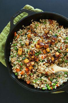 AMAZING HEALTHY Vegan Fried Rice with Crispy Tofu #vegan #glutenfree #recipe #chinese #friedrice #plantbased