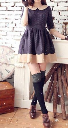 Love the Peter Pan collar and high socks