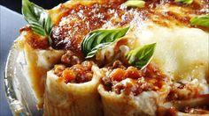 Pasta gir et fullverdig måltid på et blunk. Bolognese, Rigatoni, Italian Pasta, Frisk, Pasta Recipes, Food Inspiration, Risotto, Meal Planning, Bacon