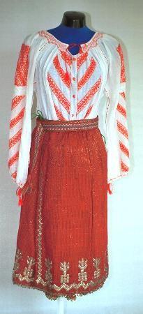 Popular Folk Embroidery Women's costume from county of Dolj Folk Embroidery, Embroidery Patterns, Folk Costume, Costumes For Women, Fashion Art, High Waisted Skirt, Bun Bun, Two Piece Skirt Set, Textiles