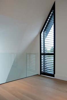 Arched Window Treatments, Bungalow Renovation, Mansion Interior, House Blinds, My Ideal Home, A Frame House, Inside Home, Window Styles, House Rooms