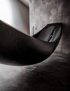 Is this a hammock or a tub? Either way, great way to relax! (But how do you get in and out?) Vessel Luxury Bathtub design