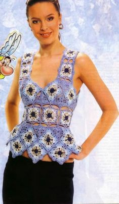 Granny squares top  - great crochet with diagrams and layout. All is left is to choose the colors!
