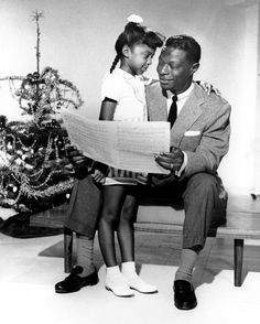 "twixnmix: "" Nat King Cole and daughter Natalie Cole pose for a portrait session in "" Unforgettable Natalie Cole, Nat King, Vintage Black Glamour, Vintage Vogue, Soul Singers, King Cole, Black Families, Christmas Past, Vintage Christmas"