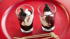 The traditional name for this easy fruit dessert from the north of Spain is 'zurracapote.' Serve warm or cold, on its own, with vanilla ice cream or with Epicure's Crème Fraîche. A perfect dessert for any time of year. Mulled Wine, Creme Fraiche, Panna Cotta, Giveaway, Pudding, Ethnic Recipes, Desserts, Food, Figs