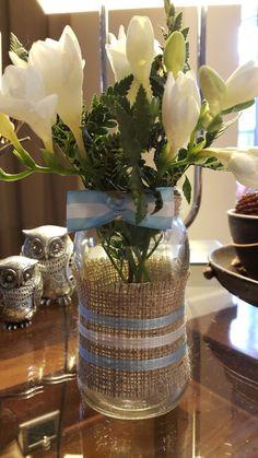 Vase, Instagram, Home Decor, Flower Centerpieces, Cowgirl Party, Mason Jars, Fiestas, Argentina, Food